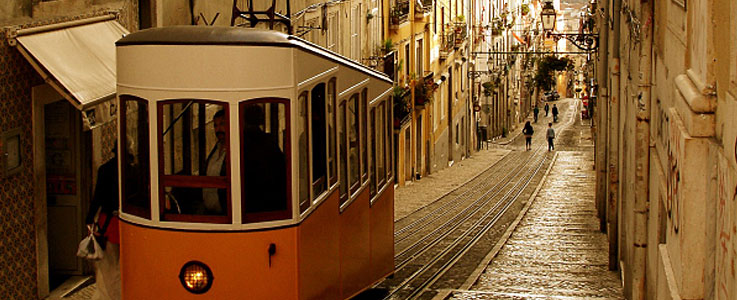 Travel insurance for holidays in Portugal