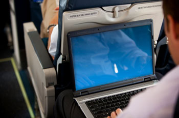 More airlines adopt mobile travel services