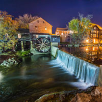 Start your own Thanksgiving tradition in the Great Smoky Mountain National Park