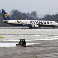 A number of flights, mostly operated by Ryanair, had to be cancelled after snow and ice forced the closure of the runway at Stansted for two hours