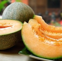 Health regulators have highlighted a potential link between cantaloupe melons and a recent outbreak of salmonella