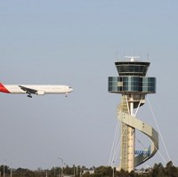 A communication problem which cancelled hundreds of flights has now been fixed, air traffic controllers say