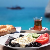A Mediterranean diet can help lower the risk of heart attack and cardiovascular-related death