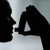 Scientists have made a breakthrough into how the common cold affects asthma