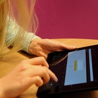 A touch-screen tablet can be used to record cancer patients' main concerns