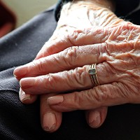 People with dementia may lose awareness of memory problems 3 years before symptoms develop