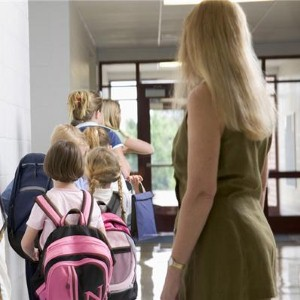Parents pull kids out of school to save on holidays