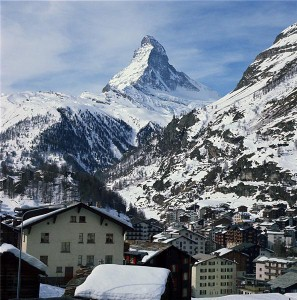 Travellers urged to head to Switzerland