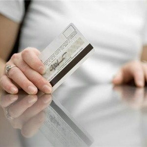 Foreign debit cards to replace traveller's cheques