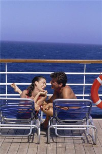 Cruise firm offers free flights to customers